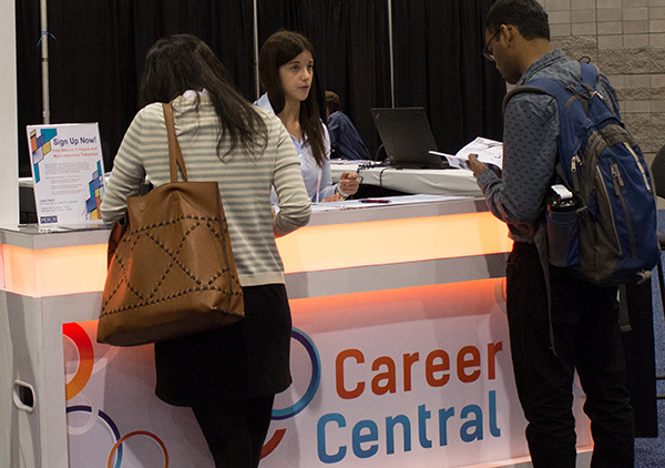 Career Central registration desk at an MRS Meeting